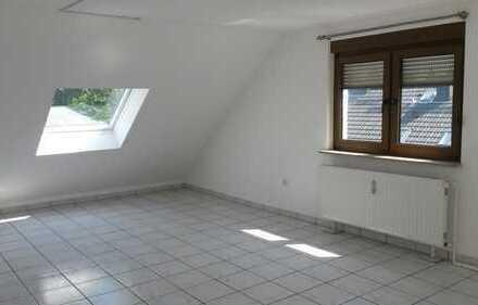 Ansprechende, gepflegte 2-Zimmer-Dachgeschosswohnung in Bochum - Stiepel