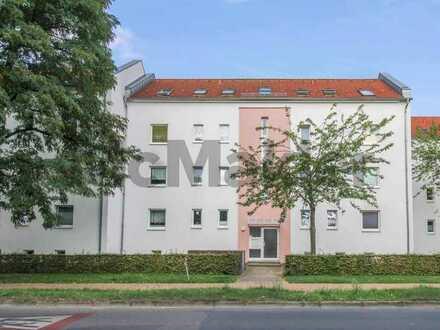 Gepflegte Immobilie in optimaler Lage: 3-Zi.-ETW mit Balkon und Stellplatz auf Erbbaugrundstück