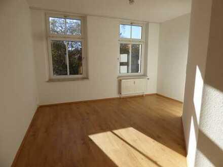 2 1/2-Raum-Wohnung mit Einbauküche