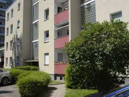 Gepflegte 3,5-Zimmer-EG-Wohnung mit 2 Balkonen in Essen
