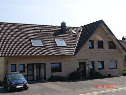 Frisch renovierte 4-Zimmer-Wohnung mit Balkon und Terrasse in Kürten