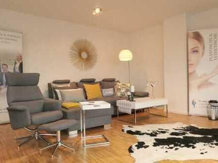Über den Dächern von Oldenburg - moderne Maisonettewohnung mit Eichenparkett