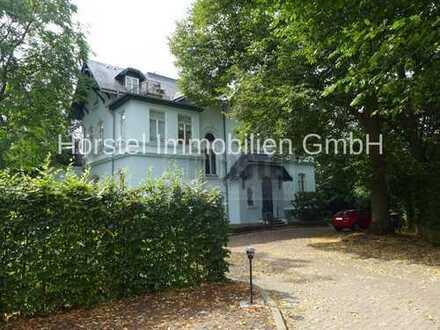 Moderne 3 Zimmer-Maisonette-Wohnung im begehrten Villenviertel von Bergedorf