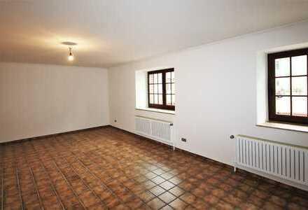 Charmante 5-Zimmer-Altbau-Wohnung in Oberforstbach