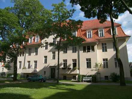 Traumhafte 2-Zimmer-Wohnung mit Balkon im beliebten Ludwigpark Buch!!