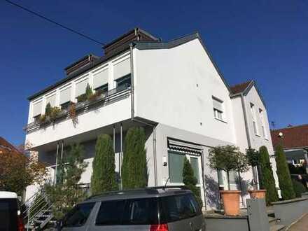 Traumhafte 4 ZKB-Wohnung über 2 Ebenen! in herrlicher Lage