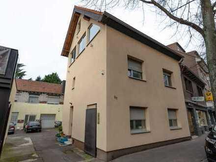 Ihr Haus im Zentrum von Hürth Efferen mit Dachterrasse und Ausbaupotenzial (als Wohnungseigentum)