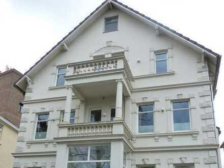 Exclusive, großzügige Wohnung über 2 Ebenen, Kurparknähe, Aufzug