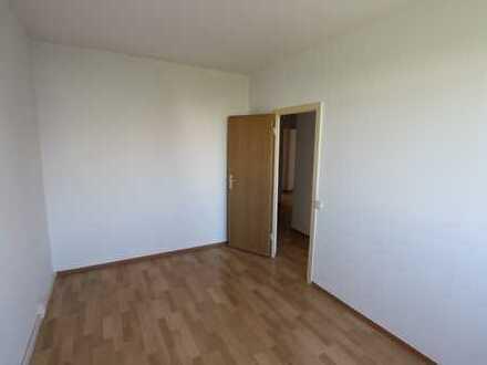 Viel Platz für alle! 4-Raumwohnung auf 82 m²!