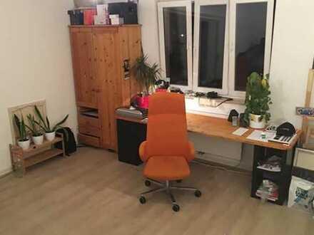 19qm Zimmer am Nöldnerplatz zu vermieten für 400€ warm
