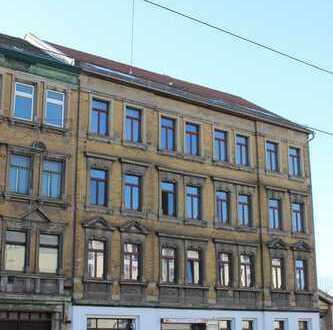 Schöne Dachgeschosswohnung mit großer Wohnküche - Probstheida