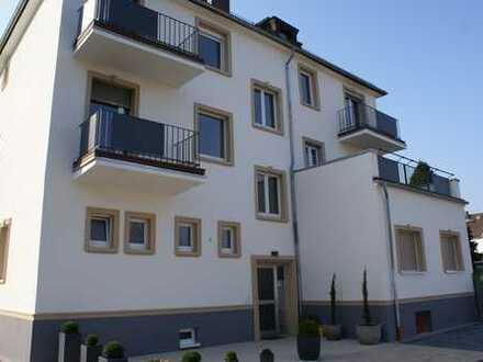 Sehr Schöne , gepflegte 3-Zimmer-Wohnung mit Balkon in Offenbach am Main