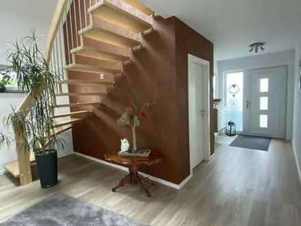 *PROVISINSFREI* Modernes Massivhaus mit Wohnkomfort und Garten