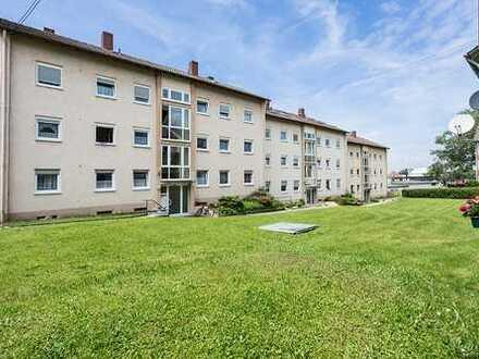 Helle 3-Zimmer-Erdgeschosswohnung mit Balkon und Keller! Dach, Gaszentralheizung und 80L Boiler NEU!