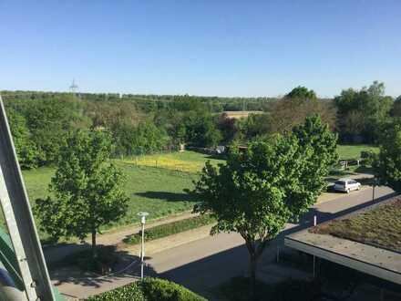 Großzügige moderne Maissonette Wohnung mit Blick ins Grüne
