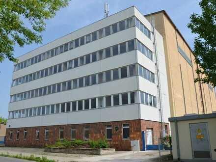 4 Etagen Gebäude / Umbau zu Pension mögl.