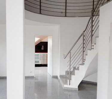 +++ Luxeriöse Maisonette Wohnung - Fussbodenheizung, Tageslichtbad mit Wanne u. Dusche, u.v.m. +++