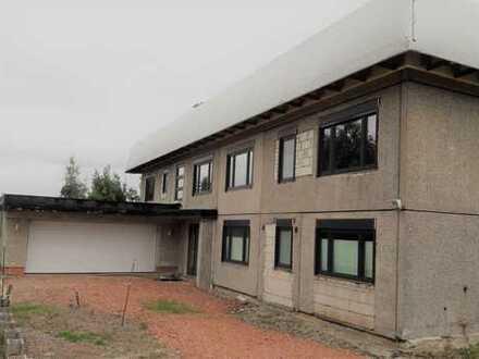 Exklusive 2-Raum-Wohnung mit Terrasse