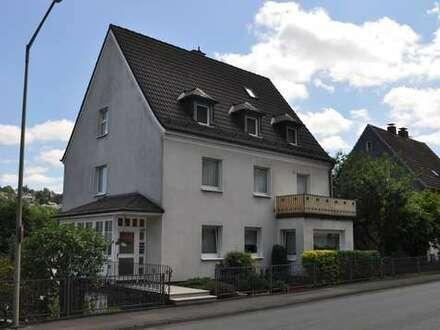Reserviert- Stadthaus ( 3 WE ) in hervorragendem Zustand mit traumhaftem, sonnigem Garten