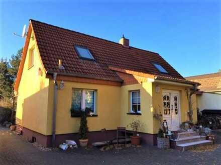 Wunderschönes Einfamilienhaus in Biederitz mit großem Garten.