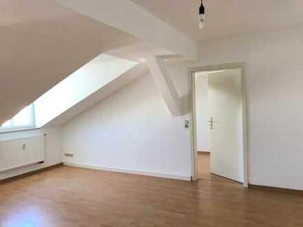 2 Zimmer Dachgeschoss Wohnung * Zentrum Ost von Leipzig