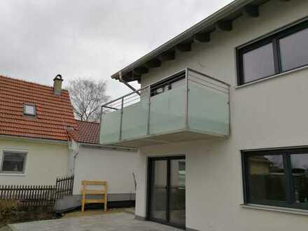 Attraktive 3-Zimmer-Wohnung mit DG-Gallerie in Pürgen