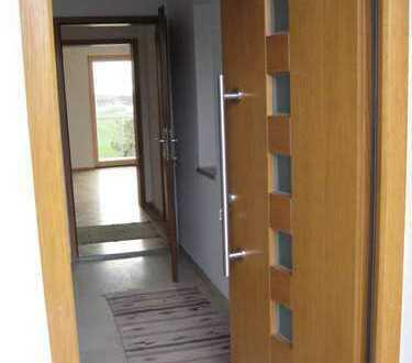 Schöne helle 3-Zimmer-Wohnung mit Bergblick