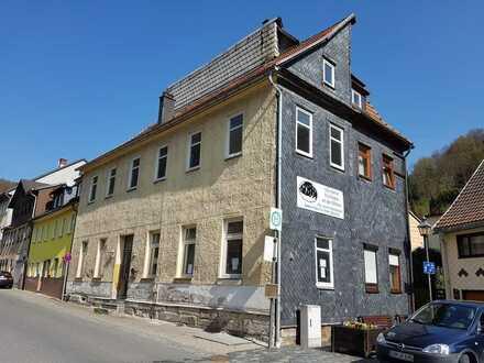 Ärmel hochkrempeln & was draus machen! Stadthaus ohne Gartenarbeit zentral in Sonnebergs Oldtowncity