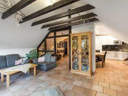 Freistehendes Zweifamilienhaus für die große Familie mit tollem Grundstück im schönen Haan-Gruiten!