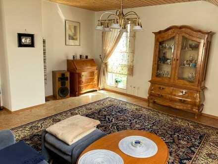 Rutesheim 3-Zimmer-DG-Wohnung mit Balkon