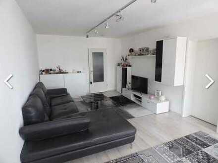 Vollständig renovierte 2-Zimmer-EG-Wohnung mit Balkon und Einbauküche in Sinsheim