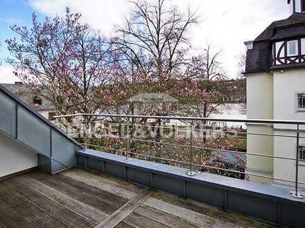 Maissonette Wohnung mit Rheinblick