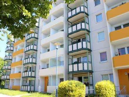Ideal für Singles und Azubis - Gemütliche 1-Raum-Wohnung mit Balkon zum Sofortbezug