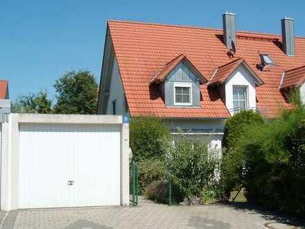 Neuwertige 6-Zimmer-DHH in kinderfreundlicher Lage von Wolnzach!