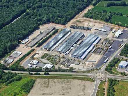 Lager- / Produktionshallen 4.500qm, Freigelände