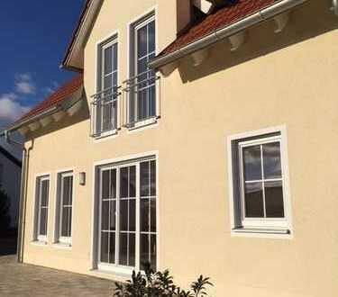 Schönes Haus mit vier Zimmern in Schwandorf (Kreis), Schwandorf