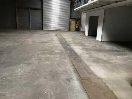 Lagerhalle in Bergisch Gladbach 390 qm zu vermieten