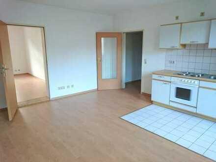 !! 2-Zimmer mit Einbauküche am Kaßberg !!