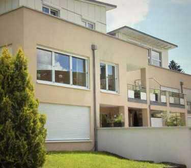 Helle, gepflegte 5-Zimmer Penthousewohnung mit Dachterrasse und Einbauküche in Wangen im Allgäu