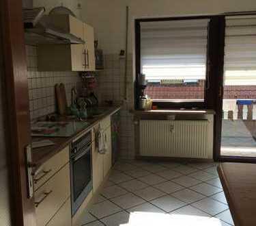 Gepflegte 4-Zimmer-Wohnung mit Balkon in Manching