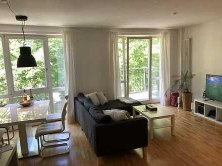 Möblierte Wohnung mit 2 Balkonen zur Zwischenmiete