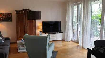 Stilvolle, gepflegte 3-Zimmer-EG-Wohnung mit kleinem Garten in Marienburg