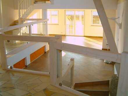 Galerie- Wohnung, Scheune, Loft, von Privat