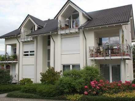 Schöne und ruhige 2 ZKB-DG-Wohnung in Gutenberg