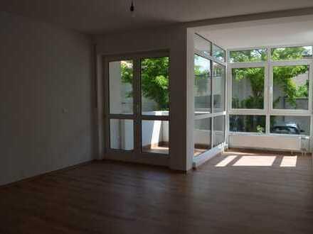 2 Zimmer-Wohnung mit Balkon in Höchst-Unterliederbach