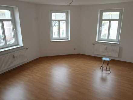 helle 3-Raum Wohnung in zentraler Lage