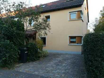 Haus für Familien mit 2 oder auch 3 Kindern in Reutlingen (Kreis), Reutlingen