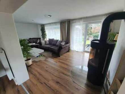 Schöne 3-Zimmer-Wohnung mit Balkon und Einbauküche in Bergisch Gladbach