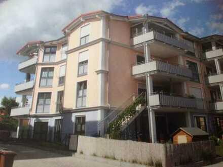 Gepflegte 3,5-Zimmer-EG-Wohnung mit Balkon und großem Hobbyraum in Mering