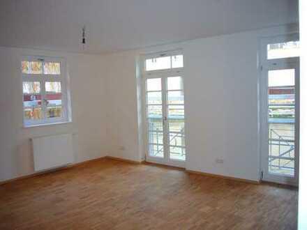 Provisionsfrei - Helle, moderne 2-Zimmer-Erdgeschosswohnung mitten in Esslingen
